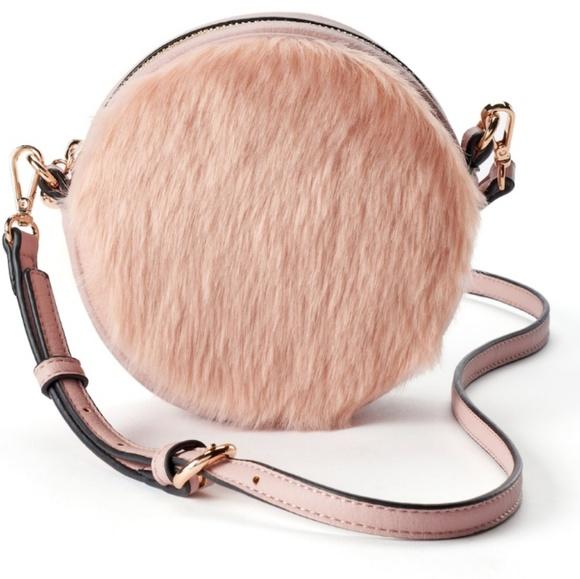 LC LAUREN CONRAD Petit Faux Fur Round Crossbody cbac0157581e4